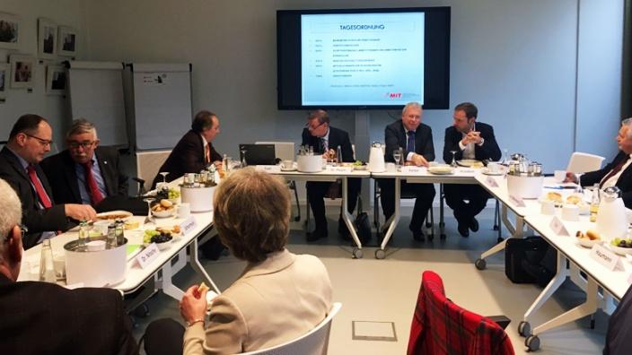 Europa-Kommission der Bundes-MIT konstituiert